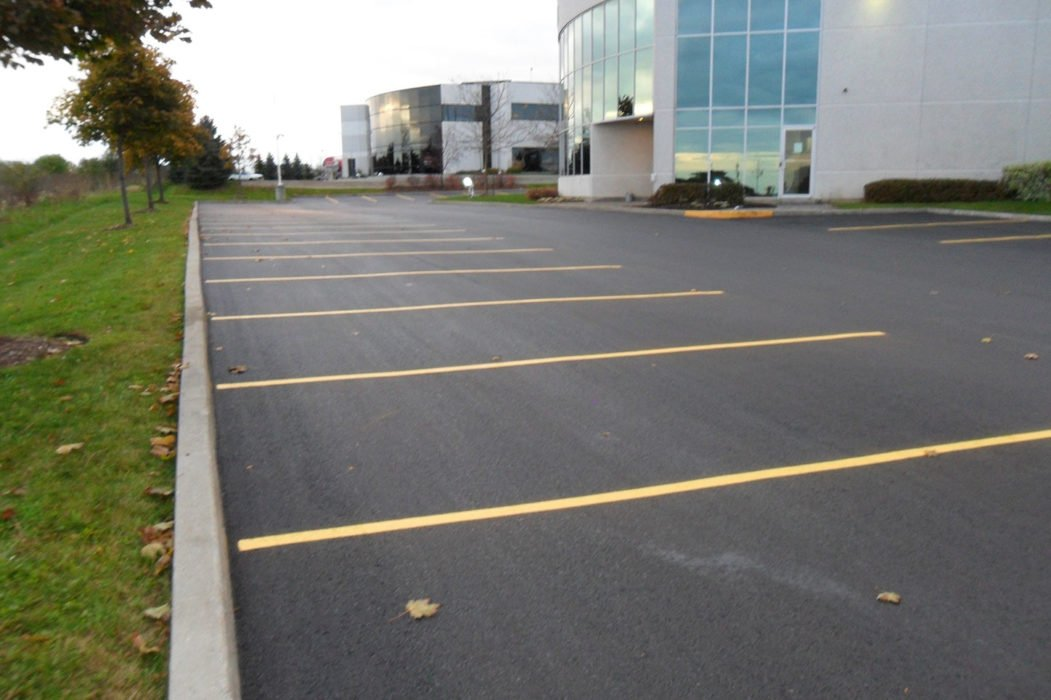 commercial asphalt paving job done in toronto - Commercial Paving Contractor Toronto