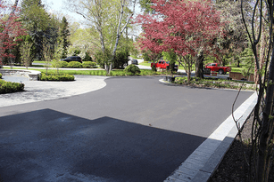 INTERLOCKING AND PAVING CONTRACTOR IMAGE