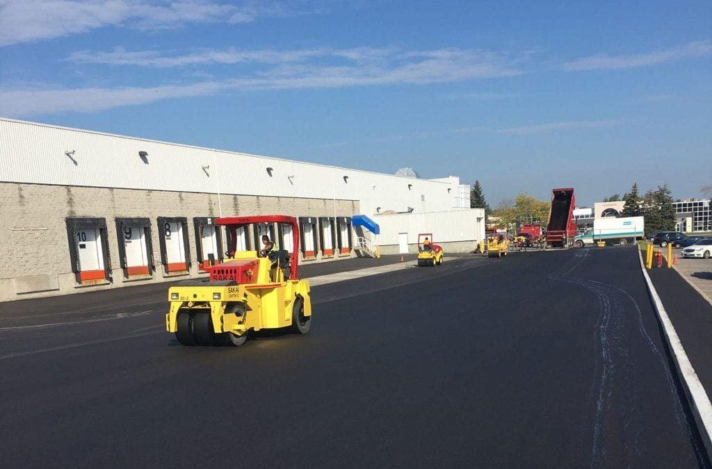 3 Driveway Pros & Cons: Gravel Vs. Asphalt Paving